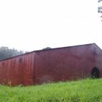 レンガ造りが重厚な貯蔵棟